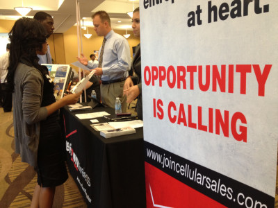Valencia West Campus hosts job fair for upcoming graduates