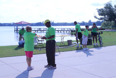 Casa de Puerto Rico hosts a 5k at Lake Baldwin for Latin Flag Day