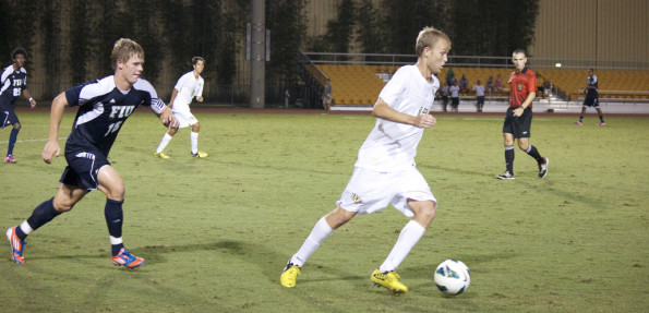UCF Mens soccer wins first conference game against FIU