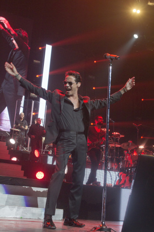 Photos: Marc Anthony at Amway