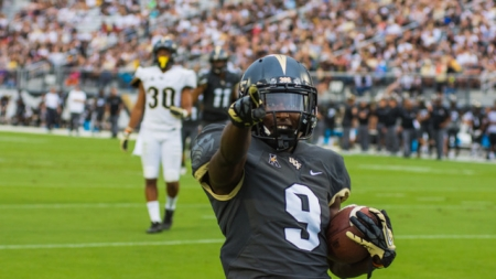 Valencia Poll: Should the UCF Knights be Named National Champions?