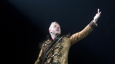 Macklemore, Ryan Lewis drop Party City down onto USF Sun Dome