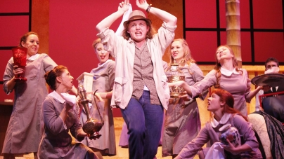 Julia Gagne brings 'Dirty Rotten Scoundrels' to Garden Theatre