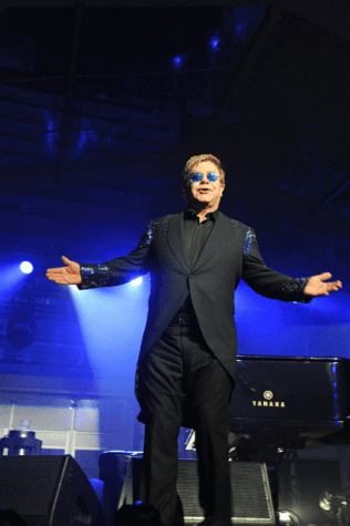 """Elton John to play Amway Center in part of """"All the Hits"""" tour"""