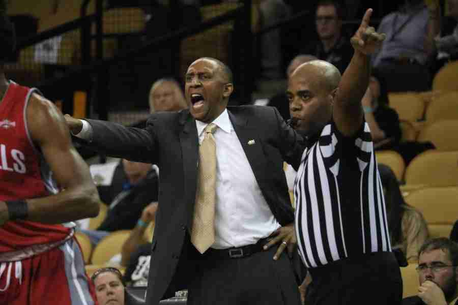 Johnny+Dawkins+got+his+first+win+as+the+head+coach+of+the+UCF+Men%27s+Basketball+program+on+Monday+with+a+victory+over+Nicholls+State.