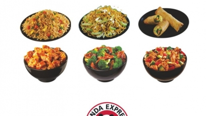 Valencia Students Taste Panda Express at East Campus Food Court
