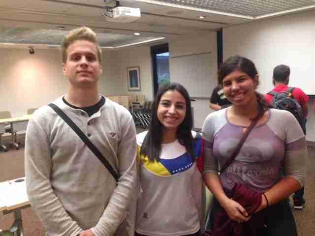 "Model UN hosts ""Crisis in Venezuela"" Debate & Discussion"