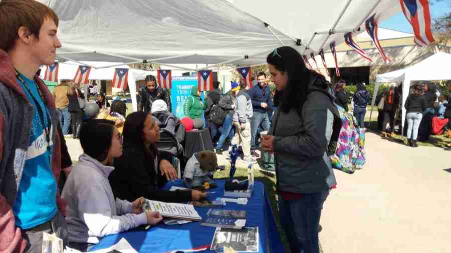 Club Rush Excites Students on East Campus