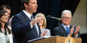 Governor DeSantis speaks at Valencia